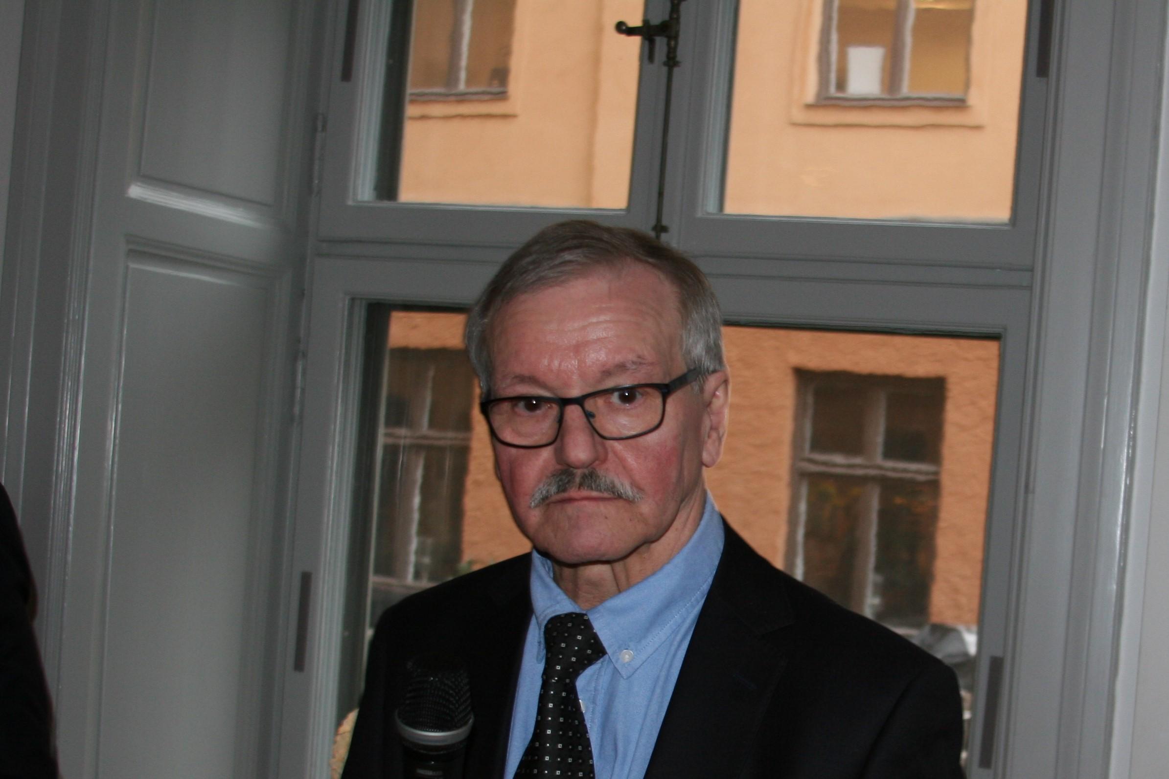 Bild 1 Lennart Mukka vice ordf FIE